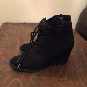 American Rag wedge bootie size 5
